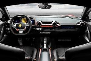 Тест-драйв Ferrari 812 Superfast